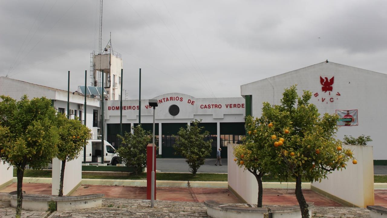 Câmara de Castro Verde atribui apoio de 20 mil euros aos bombeiros