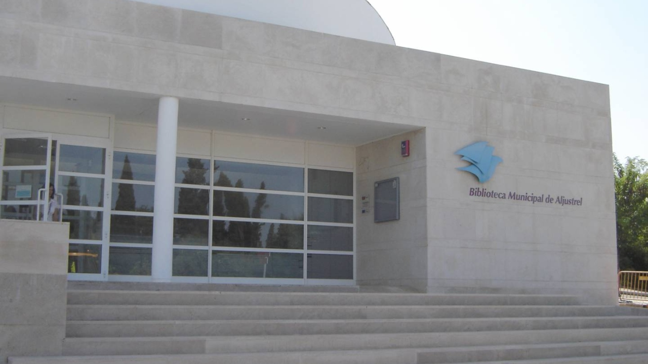 """""""Juntos de Férias"""" na Biblioteca de Aljustrel"""