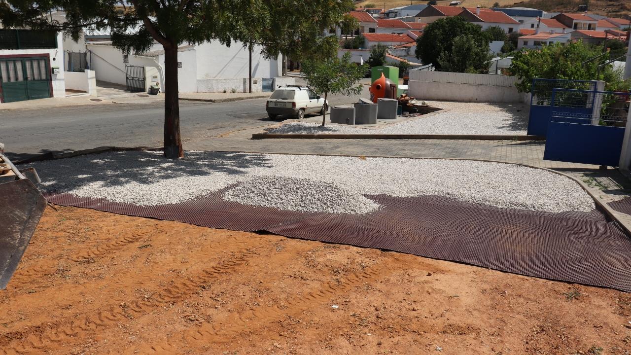Câmara de Ourique com obras de valorização de loteamento